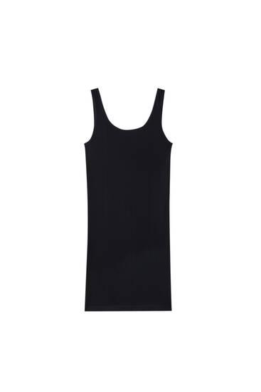 Φόρεμα basic χωρίς ραφές και με τιράντες