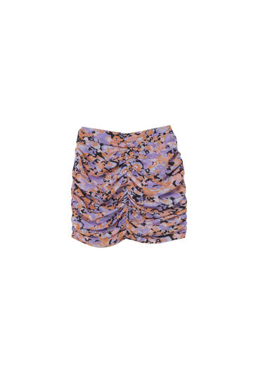 Printed gathered mini skirt