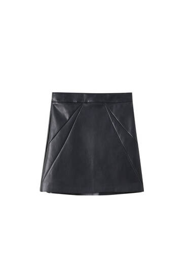 Basic faux leather skirt