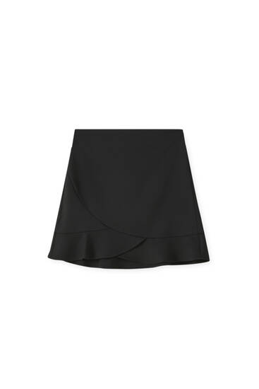 Mini skirt with ruffled hem