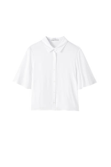 Basic shirt with flowing sleeves