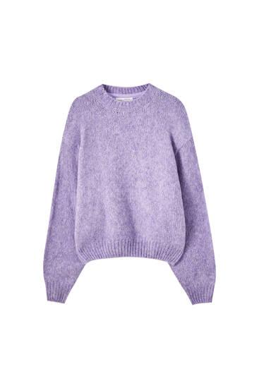 Πλεκτό πουλόβερ με μεγάλες βάτες