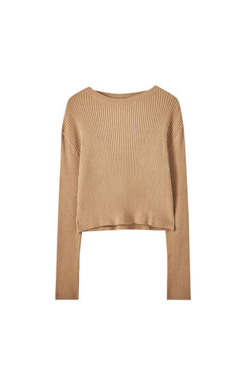 Ribbed sweater with round neck