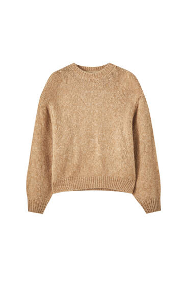 Oversized sweater with shoulder pads