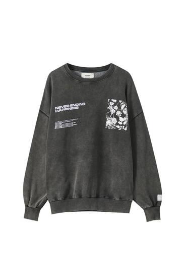 Schwarzes Sweatshirt mit Schmetterlingsprint