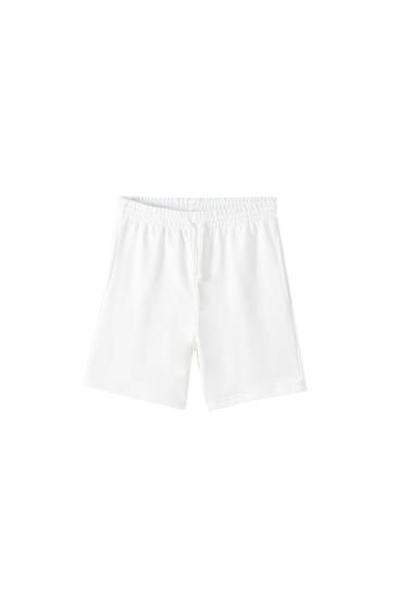 Basic shorts with drawstrings