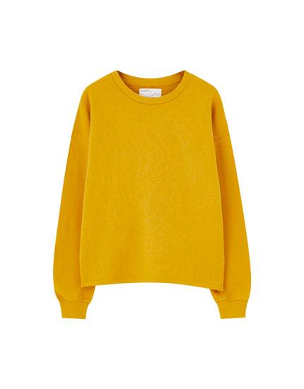 Basic raglan sleeve hoodie