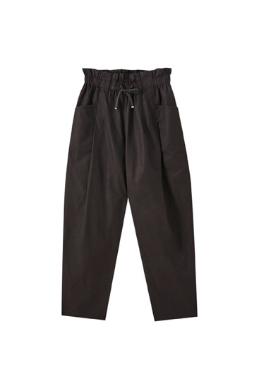Loose-fitting paperbag trousers with drawstring