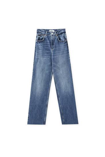 Jeans mit sehr hohem Bund und weitem Bein