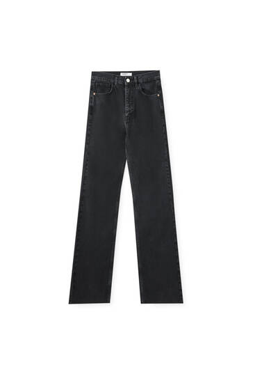 Straight-leg high-waist black jeans