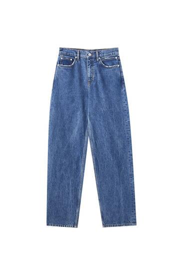 Modré džíny slouchy seširokými nohavicemi