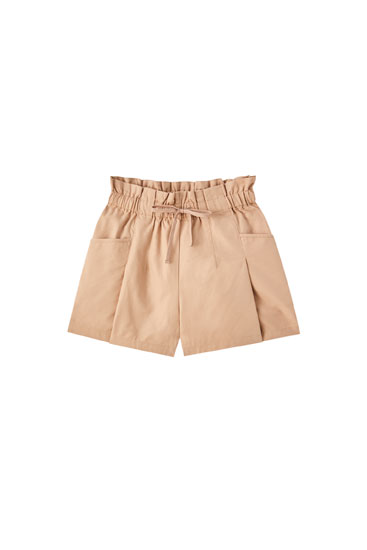 Loose-fitting paperbag Bermuda shorts with drawstring
