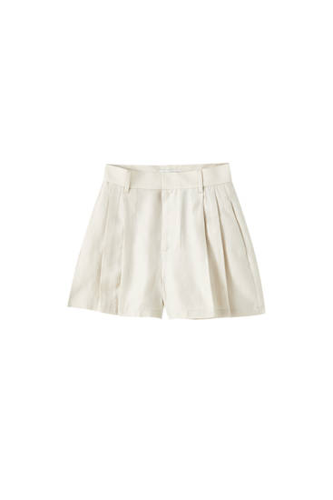Flowing Bermuda shorts with dart details