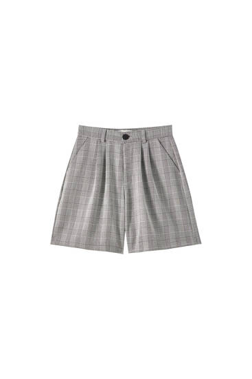 Checked Bermuda shorts with front darts