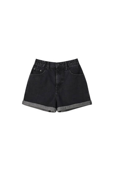 Shorts mom cintura elástica