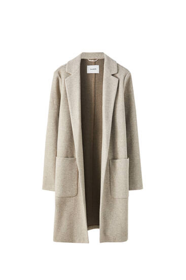 Leichter Mantel mit aufgenähten Taschen