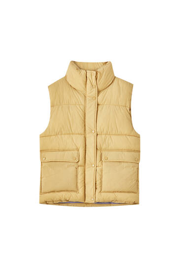 Quilted gilet with patch pockets