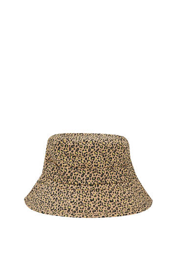 Adjustable leopard print bucket hat