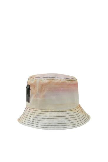 Tate x Pull&Bear bucket hat
