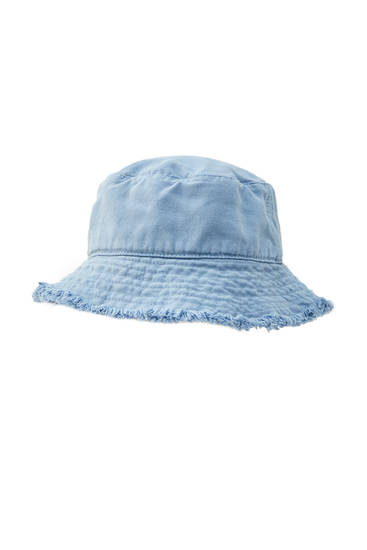 Bucket hat with frayed detail
