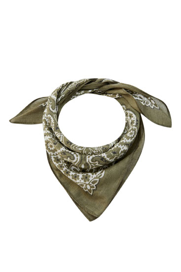 Basic bandanna in a range of colours