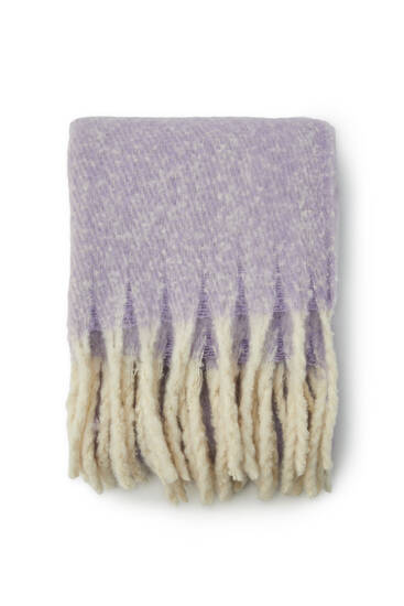 Lilac scarf with fringing