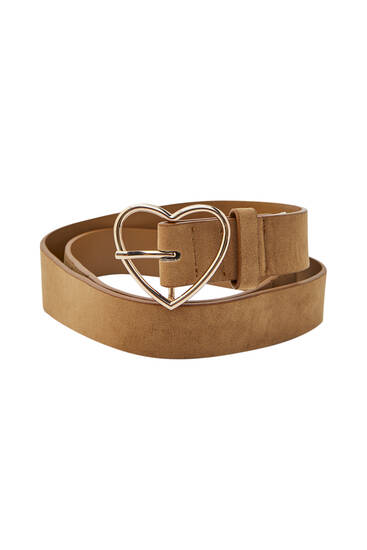 Heart-shaped buckle belt