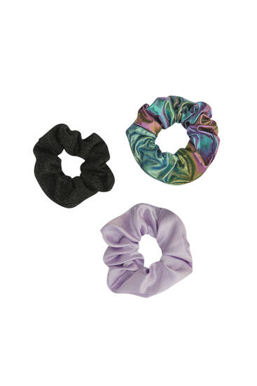 Pack of 3 scrunchies in holographic fabric