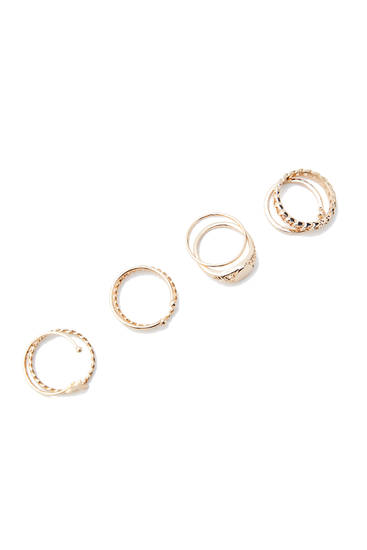 Pack of 8 gold-toned rings