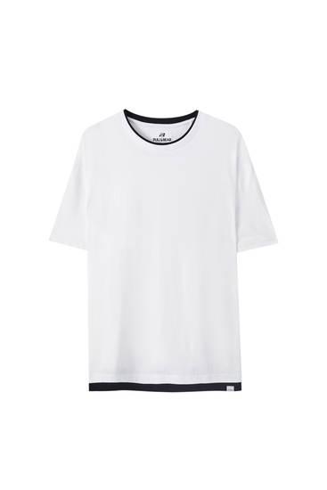 Camiseta básica doble bajo