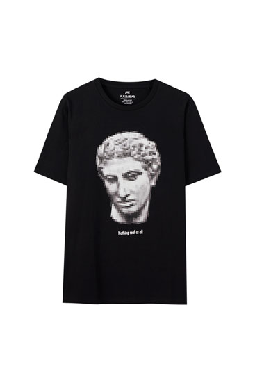 T-shirt with bust picture
