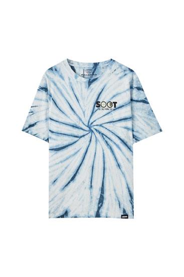 Camiseta tie-dye ilustración