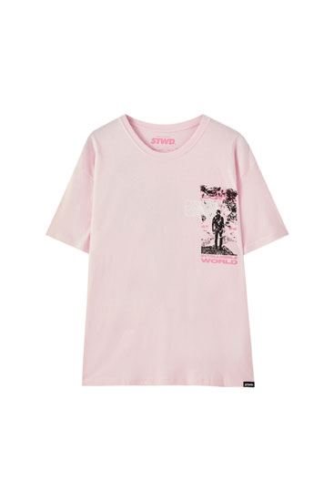 Pink T-shirt with contrast illustration