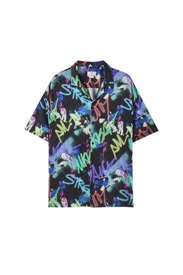 Camisa negra estampat graffiti
