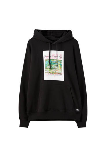 Black Smiley hoodie with square-shaped detail
