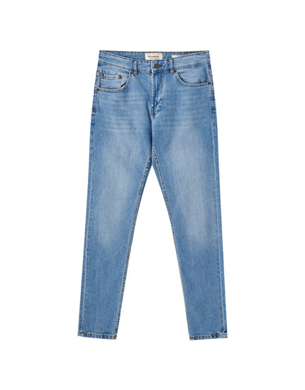 Lightweight slim comfort fit jeans