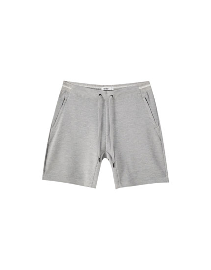 Basic dokulu jogging fit bermuda