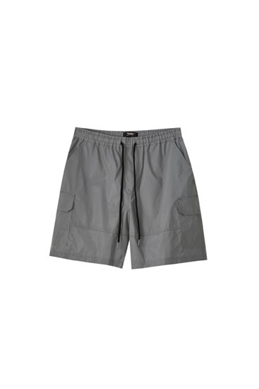 Reflective grey Bermuda shorts