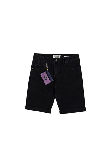 Bermuda in jeans slim fit con pochette