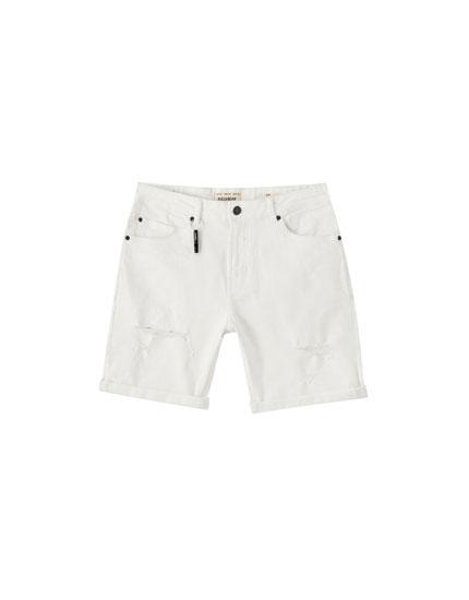 Ripped slim fit Bermuda shorts