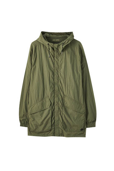 Lightweight nylon parka with pockets