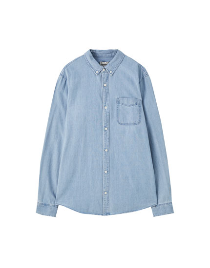 Camisa básica tecido vaqueiro