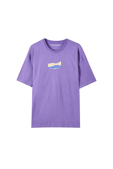 Oversized purple T-shirt with slogan