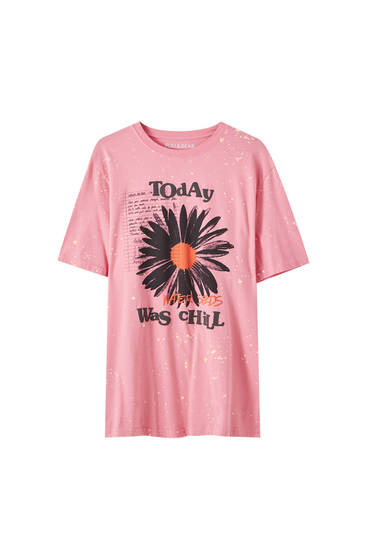 Pink T-shirt with daisy print