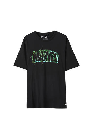 Black holographic Marvel logo T-shirt