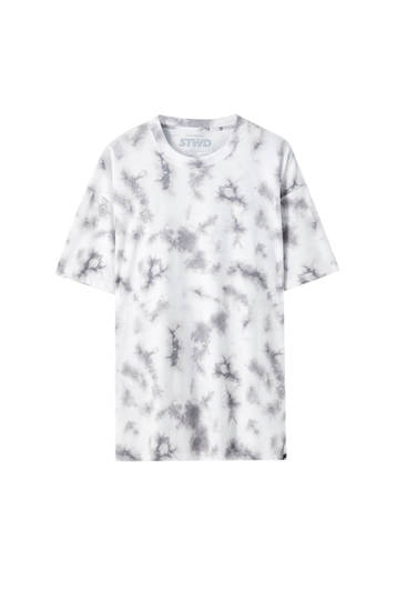 Camiseta blanca tie-dye