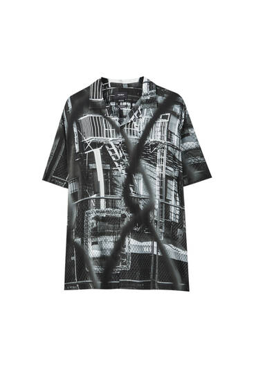 Shirt with photographic city print