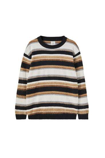 Round neck sweater with stripes