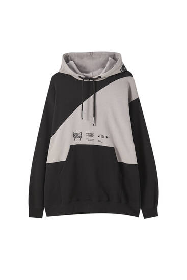 Oversize hoodie with contrast panels