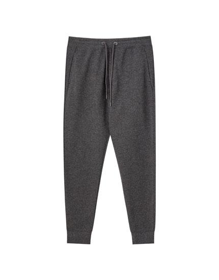 Pantalón jogger estuctura piqué